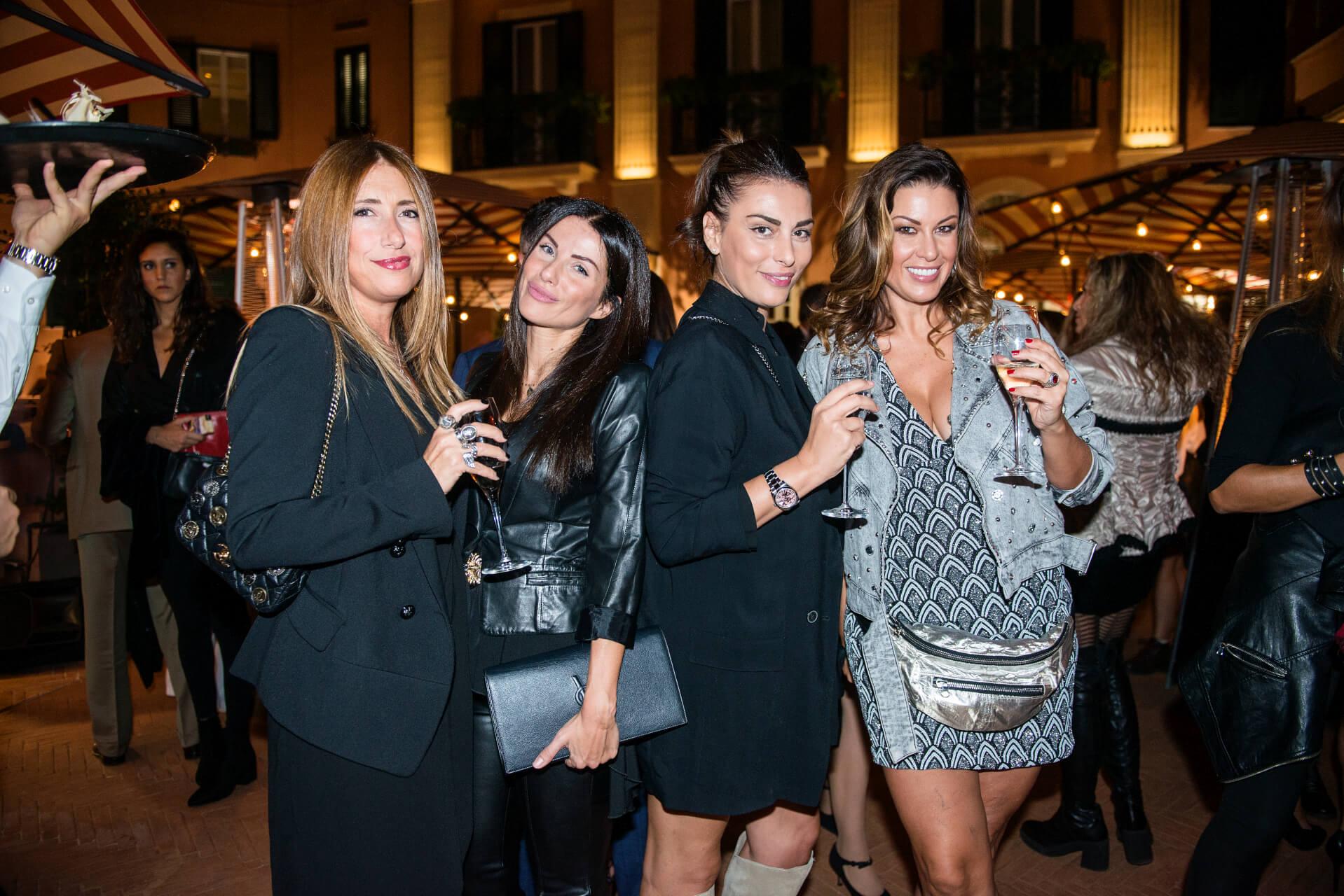 Simona Sofia, Francesca Cappabianca, Lata Costanzo, Rachele di Fiore